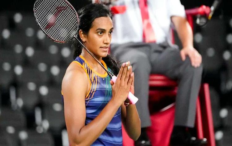 टोकियो ऑलिम्पिकमध्ये महिलांच्या एकेरी बॅडमिंटन स्पर्धेत भारताच्या पी व्ही सिंधूचा पराभव